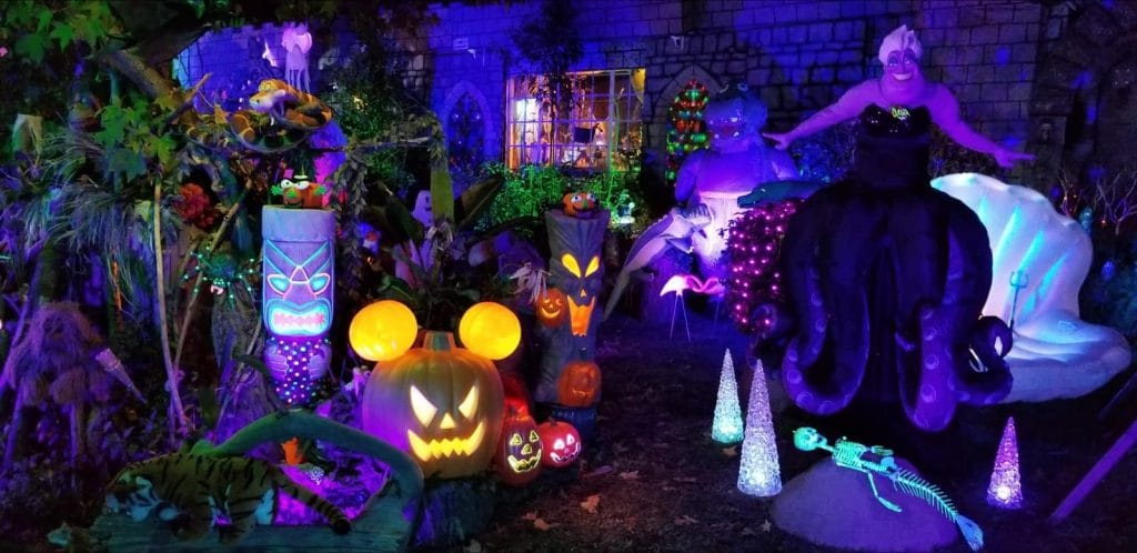 A House In Burbank Is Resurrecting Disney With An Insane Halloween Display
