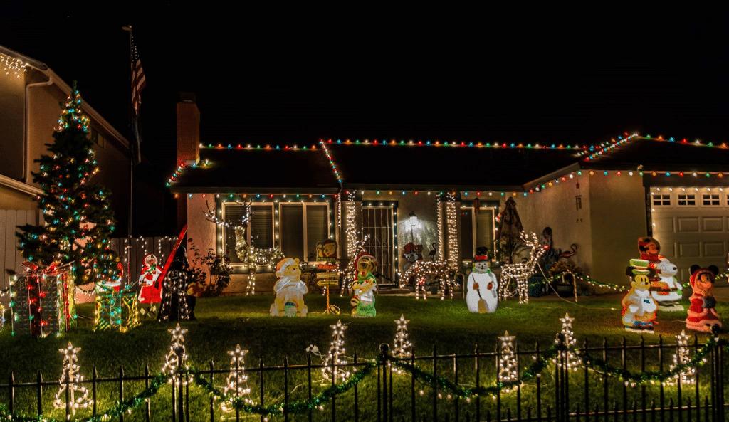 5 Magical Must-See Neighborhood Holiday Lights In San Diego